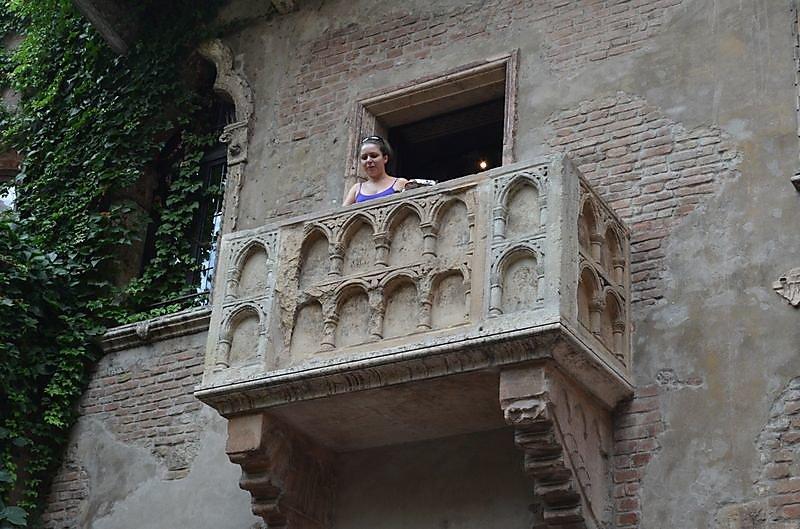 le-balcon-de-juliette-avec-julietta.JPG